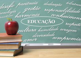Uma Espécie de Educação